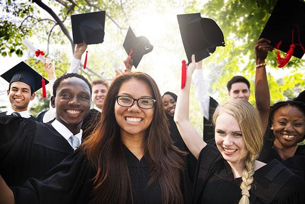 讀美高就能適應美國?美國大學與高中的20個不同之處