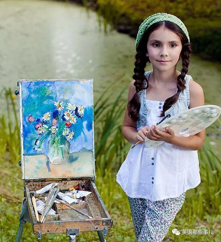 """洛杉矶女孩2岁开始胡乱涂画 现在11岁被称为""""艺术家"""""""