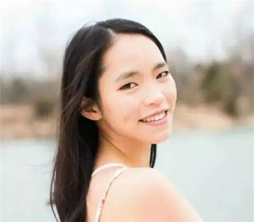 中国父亲找到了失踪十三年的女儿,而她竟然成了美国学霸!