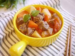 用诗意唤醒清晨:为孩子做健脾养胃的西红柿牛肉汤