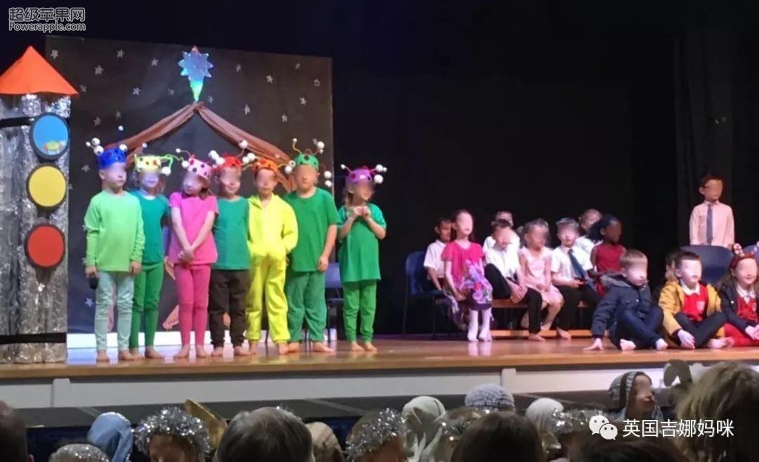 原来孩子每年参演的圣诞大戏也是一种教育方式