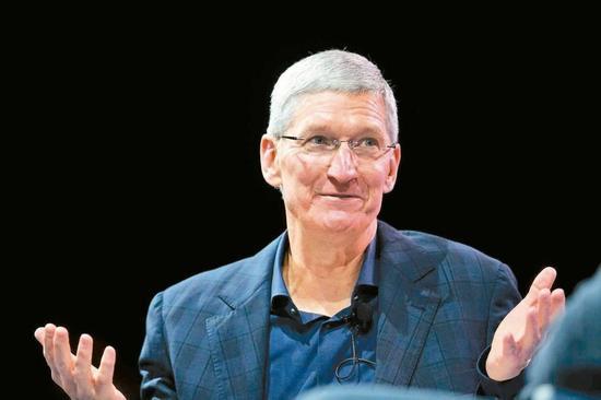 苹果一半美国员工没大学学历 库克引以为傲