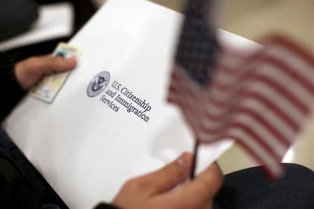 假雇佣1900名留学生 加州一华女被控大规模签证欺诈