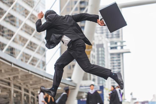 美国年薪最高的10个科技业入门级工作,上班第一天就可拿6位数年薪