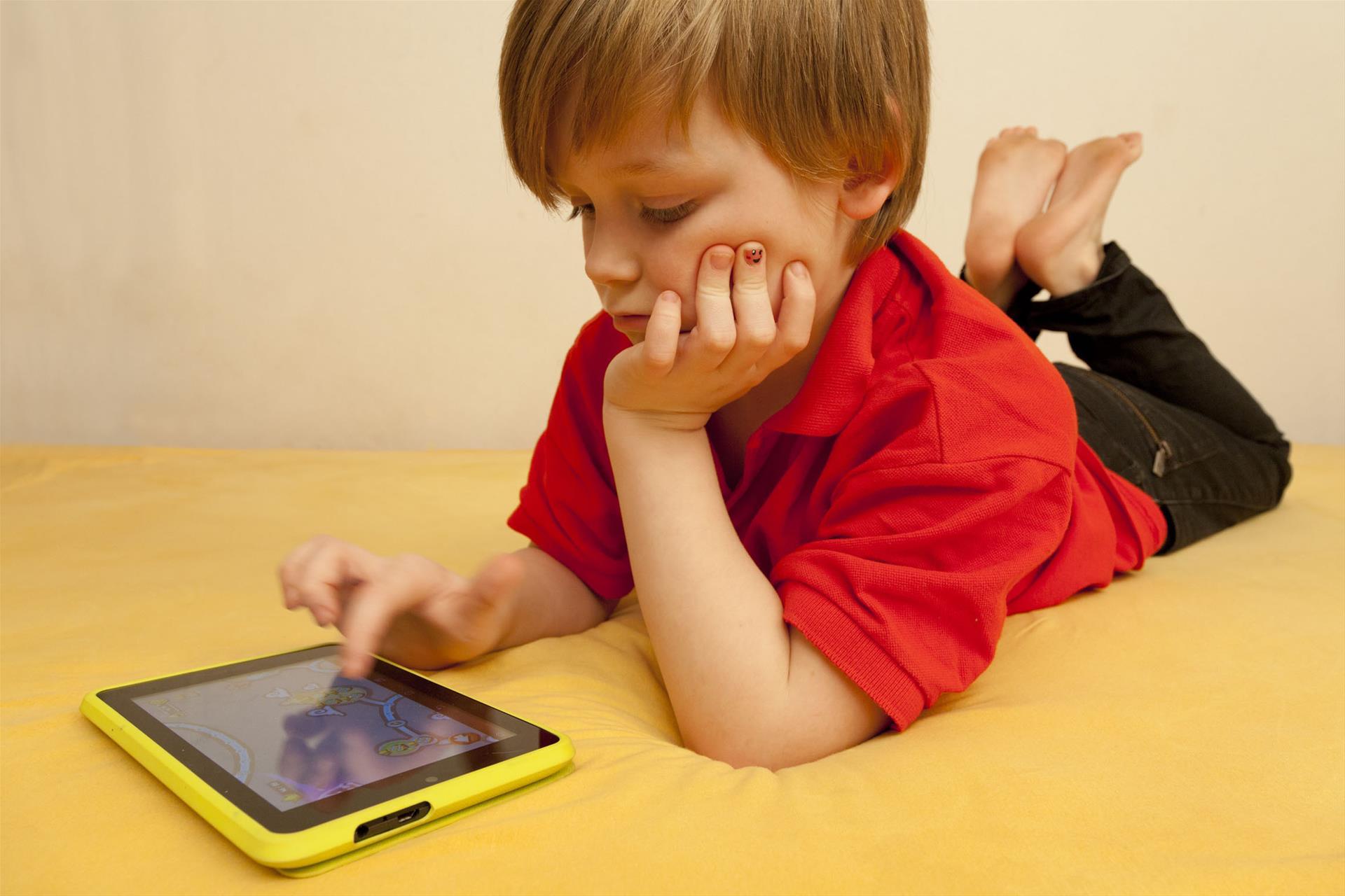 孩子们3岁以前基本没接触过屏幕,我是怎么做到的?有必要这样吗?