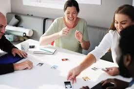美国普通妈妈竟教出2个美国大公司高管,原来是靠这5个策略