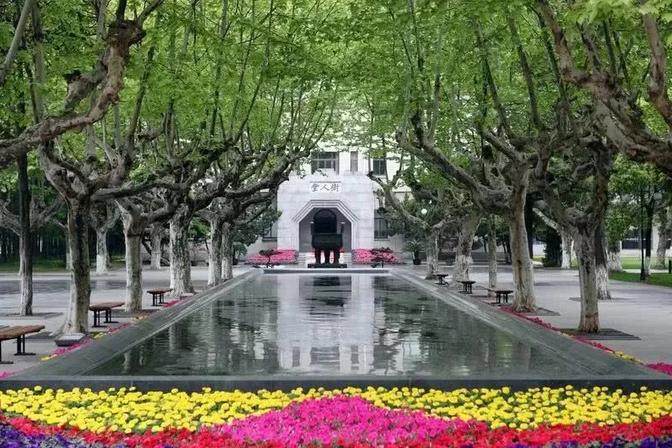 美国小学生在中国上暑期班,爸爸看中美教育差距