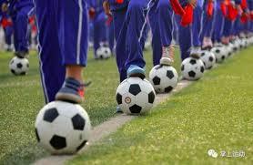 体育运动好处多,可帮助青少年走出童年阴影