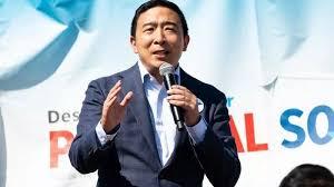 美国华裔总统候选人杨安泽 是这样在网上晒孩子的