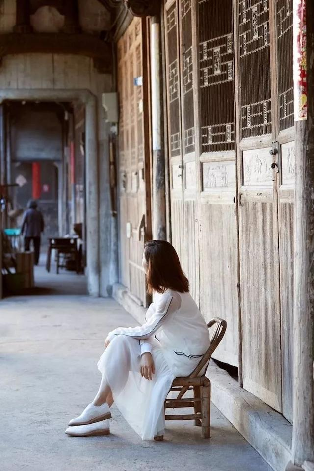 中国女星获美国建筑大师奖!网友:她只是抽空做演员?
