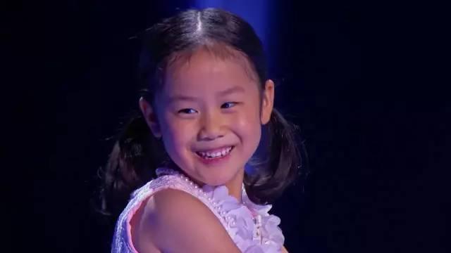 红遍美国的中国钢琴神童又火了,主持人和翻译被逼疯