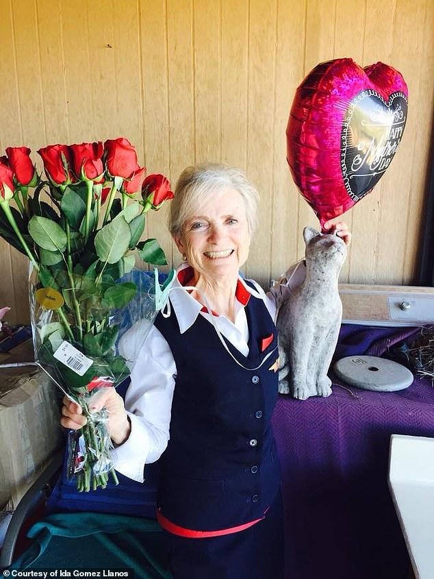 丢盒牛奶而被达美解雇 美国为何会有80岁空姐?
