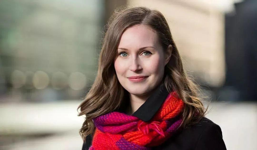 芬兰34岁美女总理一夜走红,丑小鸭如何变成白天鹅