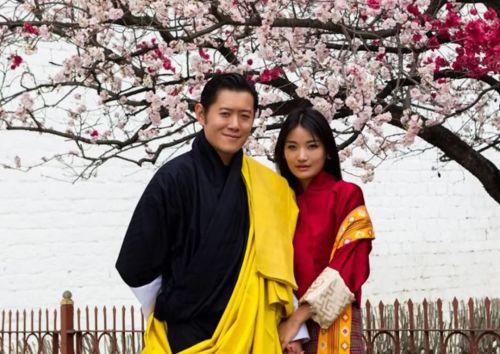 不丹王后成长史:这个90后姑娘的婚姻,太羡慕了!