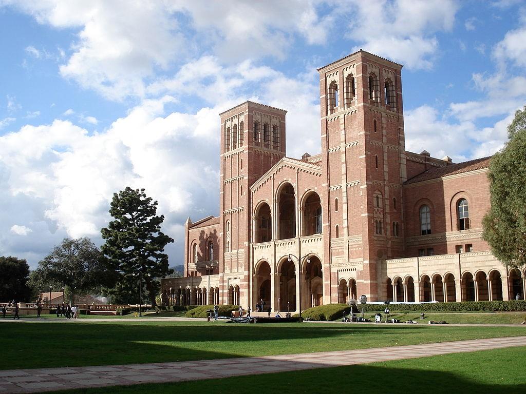 UCLA三名学生正接受新冠病毒检测 将自我隔离