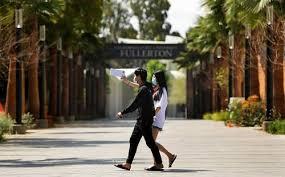 加州州大宣布23个校区秋季学期全上网课