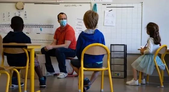 还敢送娃返校?加拿大这里返校整班学生都被感染