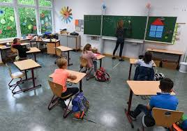 病例下降 洛杉矶县小学有望返校上课