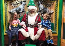 今年圣诞节,是否要给孩子安排一个圣诞老人视频通话……
