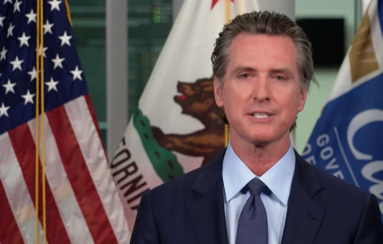加州州长:学校最早可在2月份重新开始面授课程 2021年春天 老师优先接种疫苗