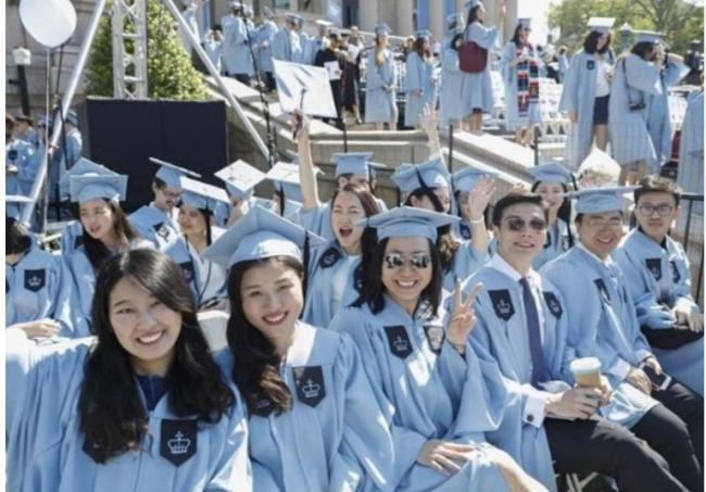 中国留学生赴美签证停批13个月 新学年危机
