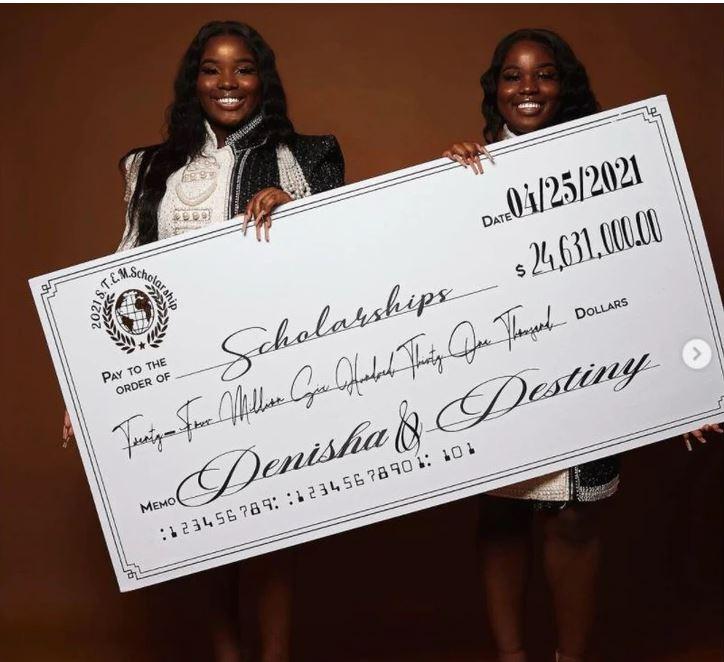学霸双胞胎破纪录!逾200所大学提供2400万奖学金