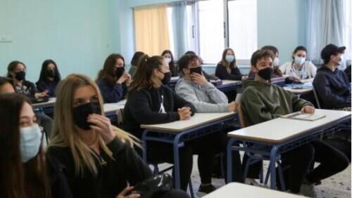美国学校开设色情课程,华裔家长极度不满!