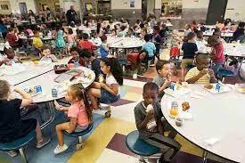 新学期加州所有学生免费餐点,没身份也可享,不再担心挨饿