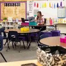 小学老师讲课没戴口罩,半个班被传染!前排孩子最严重